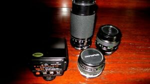 2 Camera lenses and flash