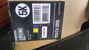 Burton zip line boots size 5 Peterborough Peterborough Area image 1
