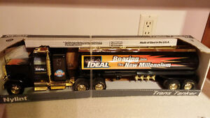Collectors Tanker Truck Nylint Ideal Ind. display model