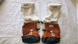 STONZ booties with liners