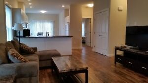 Beautiful New Duplex 3bdrm Flex Rm 2 Full Bath Htd Garg Pwr Pkg