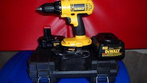 Dewalt Heavy Duty 18 Volt Drill Kit NEW $140.