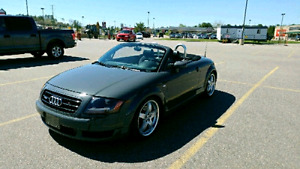 AUDI TT Roadster Exquisitely Maintained!
