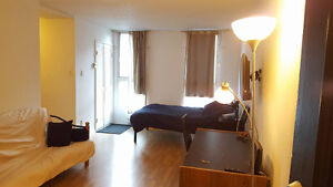Studio appartment for rent in the CENTER DOWNTOWN Montreal