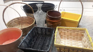 Baskets (6) and Vases (2)