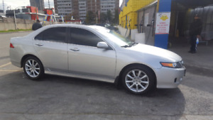 2006 Acura tsx 167 km fully loaded 6 speed AS IS 5500$