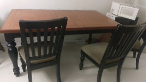Dining table with 4 chairs for free