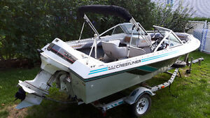 Opendeck 16 pieds Crestliner Nordic avec Johnson 120hp hors bord West Island Greater Montréal image 2