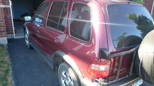 2002 Kia Sportage $450 as is. Running condition.