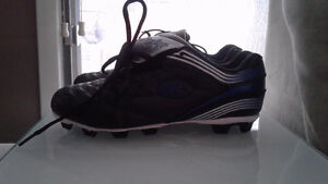 Brand new ,youth size 4 cleats