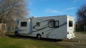 2007 Four Winds 5000 Class C Motorhome - 2 Slides!