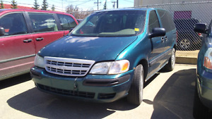2003 Chevrolet Venture SE Minivan, Van Low KM Super Clean!