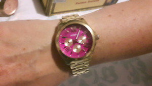 Pink dial  fossil