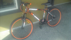 Barely used great condition 26 inch wheel mountain bike