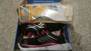 Brand NEW - Womens REEBOK Workshoes & Insoles