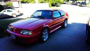 1992 Ford Mustang GT 5.0L !!!!!