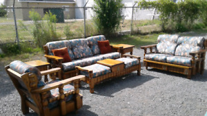 6 piece oak living room set in great shape!