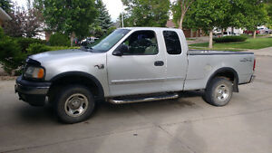 2001 Ford F-150 LT Pickup Truck