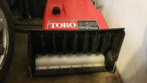 small Gas mix 2 stroke Snow blower / snow thrower toro