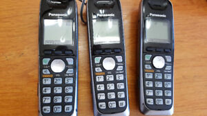 Panasonic 3 handset home phone with talking caller I.D.
