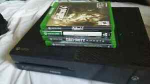 Xbox One, Black(Barely used)