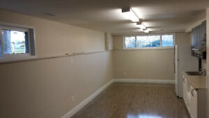 Must See!!! Clean & Rennovated 2.5 BR Apt in Prime Location