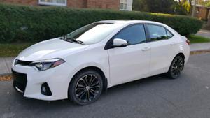 2014 Toyota Corolla S + Tech package