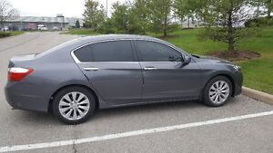 Honda Accord EX-L Sedan LOW KMS!!!