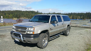 2004 Chevrolet Silverado 2500 Pickup Truck