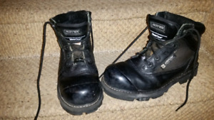 Royer water proof work boots.