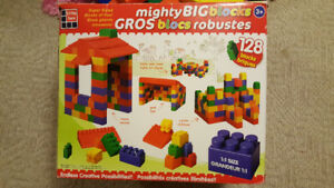 Mighty Big Blocks 128PCS