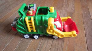 Flip and Tip Fred Recycling Truck by WOW toys