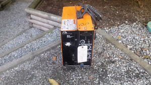 Ackland wire welder spool feed