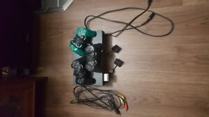 PS2 w/ 3 controllers +++