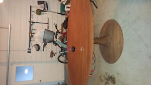 Oval solid wood table