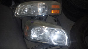 LEFT AND RIGHT HEADLIGHTS FOR 2005-2009 MONTANA/UPLANDER