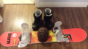 Snowboard UTP 156, boots, bindings, helmet, and goggles