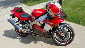 2001 Yamaha YZF R1