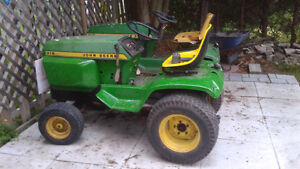 John deere antique lawn tractor. Currently not running