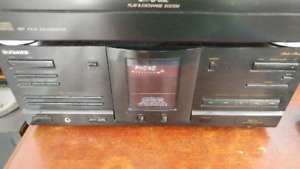 Fisher RS-717 80 W stereo receiver and speakers