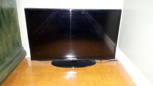 "TV Toshiba 36"" , TV Samsung Smart 32"""