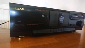 TEAC V-377 cassette deck