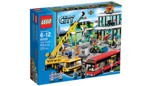 """Lego City Town Square - 60026 """"Retired"""""""