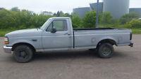 1996 Ford F-150 XL Pickup Truck