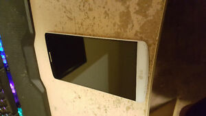 Mint Condition Pearl White LG G3