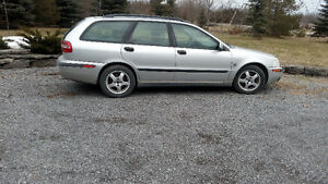 2001 Volvo V40 as is