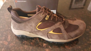 Men's Rockport shoes size 11 brown new