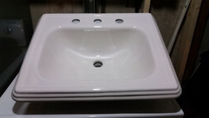 2 matching toto Lav Sinks