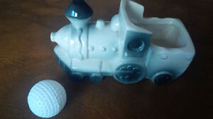 Vintage Train Engine Planter Kitchener / Waterloo Kitchener Area image 1