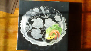 """Serving Platter, etched glass with roses, 14"""" size, new conditio"""